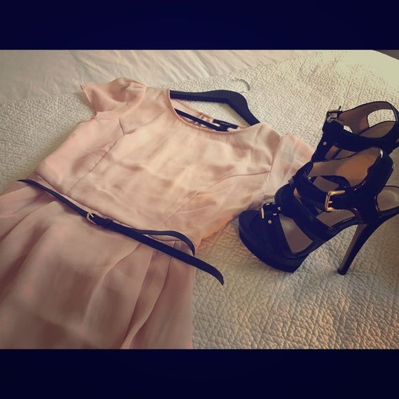 Forever 21  Beige/Blush/Rose color dress. Brand New! Comes with black belt. Shoes and jean jacket are not included. Back is sheer :) This dress goes perfectly with anything! Forever 21 Dresses Mini