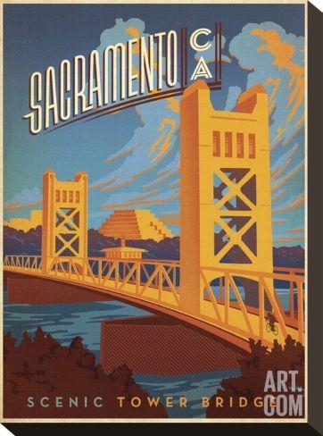 Sacramento, California: Scenic Tower Bridge Stretched