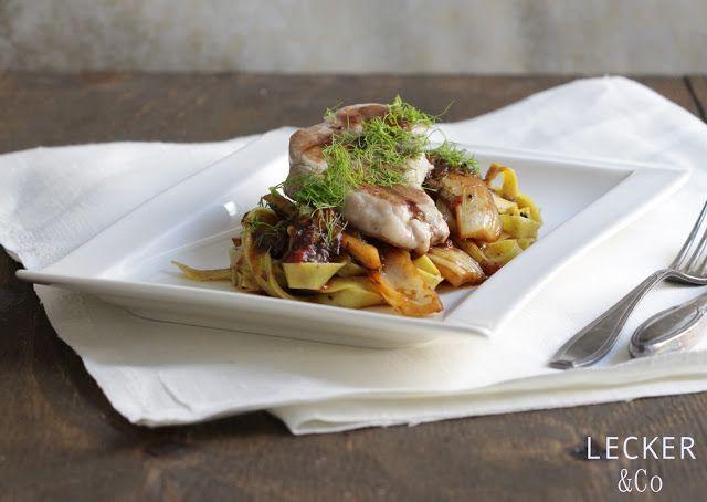 Orient-Pasta mit Fenchel, Datteln und Lammsteaks
