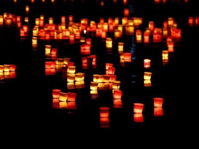 양초, 빛 세레나데, 조명, 강, 헤엄, 로맨스, 기분, 사랑, 긴 노출, 분위기, 저녁, 밤