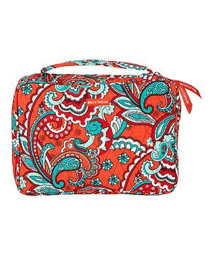 This super soft cover is perfect for safely storing a favorite book. Made of 100 percent cotton and featuring a playfully vibrant pattern, it's guaranteed to add a splash of color to any ensemble while protecting a novel from dirt and scrapes.