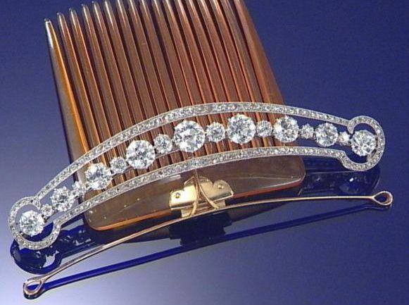 Antique Tiara-Comb, United Kingdom (ca. 1910; made by Boucheron; diamonds, blonde tortoiseshell).