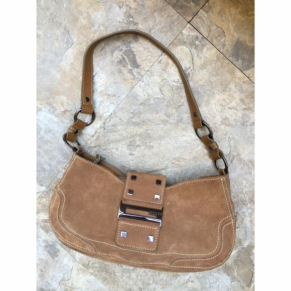 Authentic Guess Handbag This Bag Has Been Worn Only Once Or Twice In Perfect Condition No Visible Flaws Looks Brand New Outside Is Suede