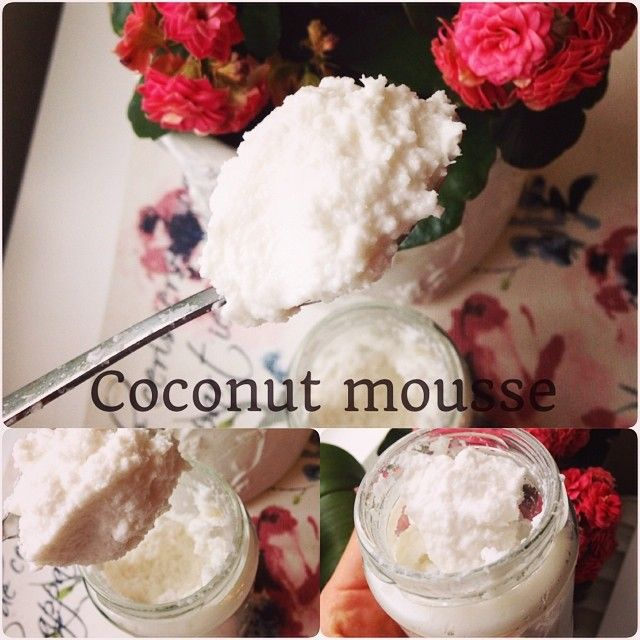 Look at this creamy, fluffy coconut mousse So delicious and perfect to have on fruit and berries, strawberries and milk toghether with my lemoncurd or just spoon right from the yar Just mix coconut flakes in a mixer until it's creamy, it takes a while! Then add as much coconut milk as you like and you have the most amazing coconut mousse!  #Padgram