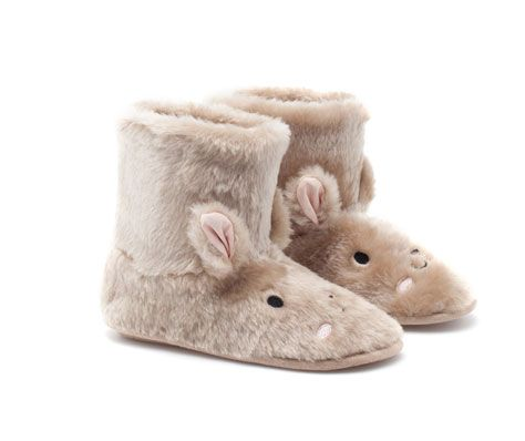 ebb3fcc3459d Rabbit slipper boots - OYSHO