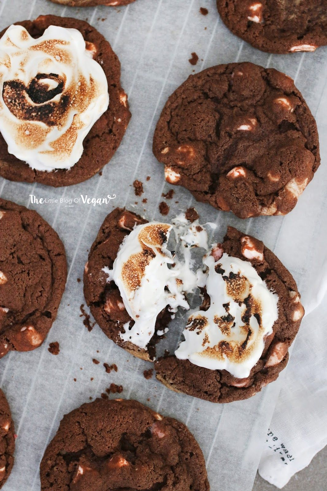 Chocolate marshmallow filled cookies recipe #chocolatemarshmallowcookies