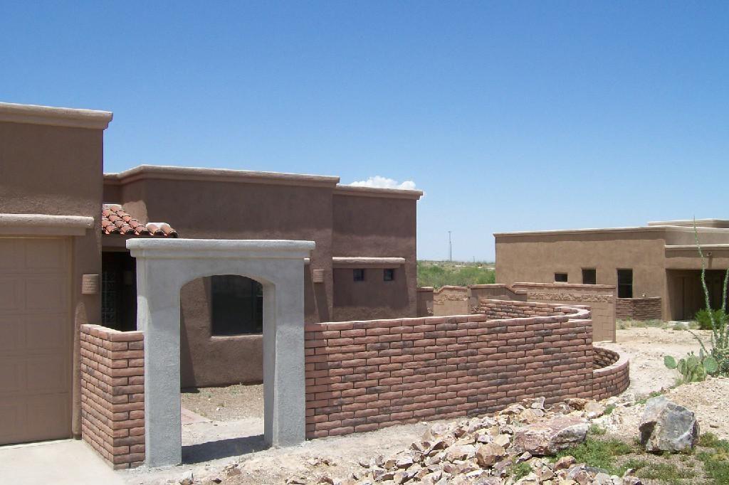Slump Block Walls Old Pueblo Masonry In Tucson Arizona Is A Wall And Mason Builder Since 1992 We Build Retaining Wa Block Wall Backyard Fences Brick Pavers