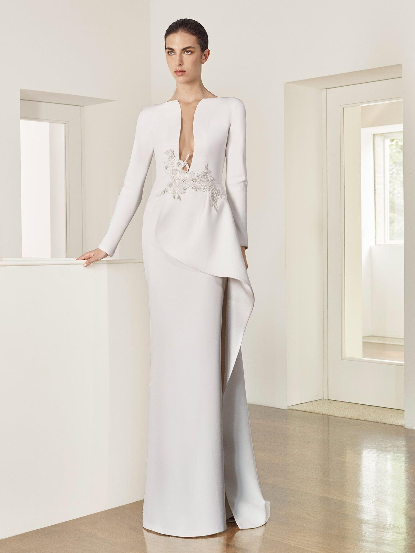 27171d6e07 Vestido de novia de Patricia Avendaño colección 2017. Eva Novias Madrid