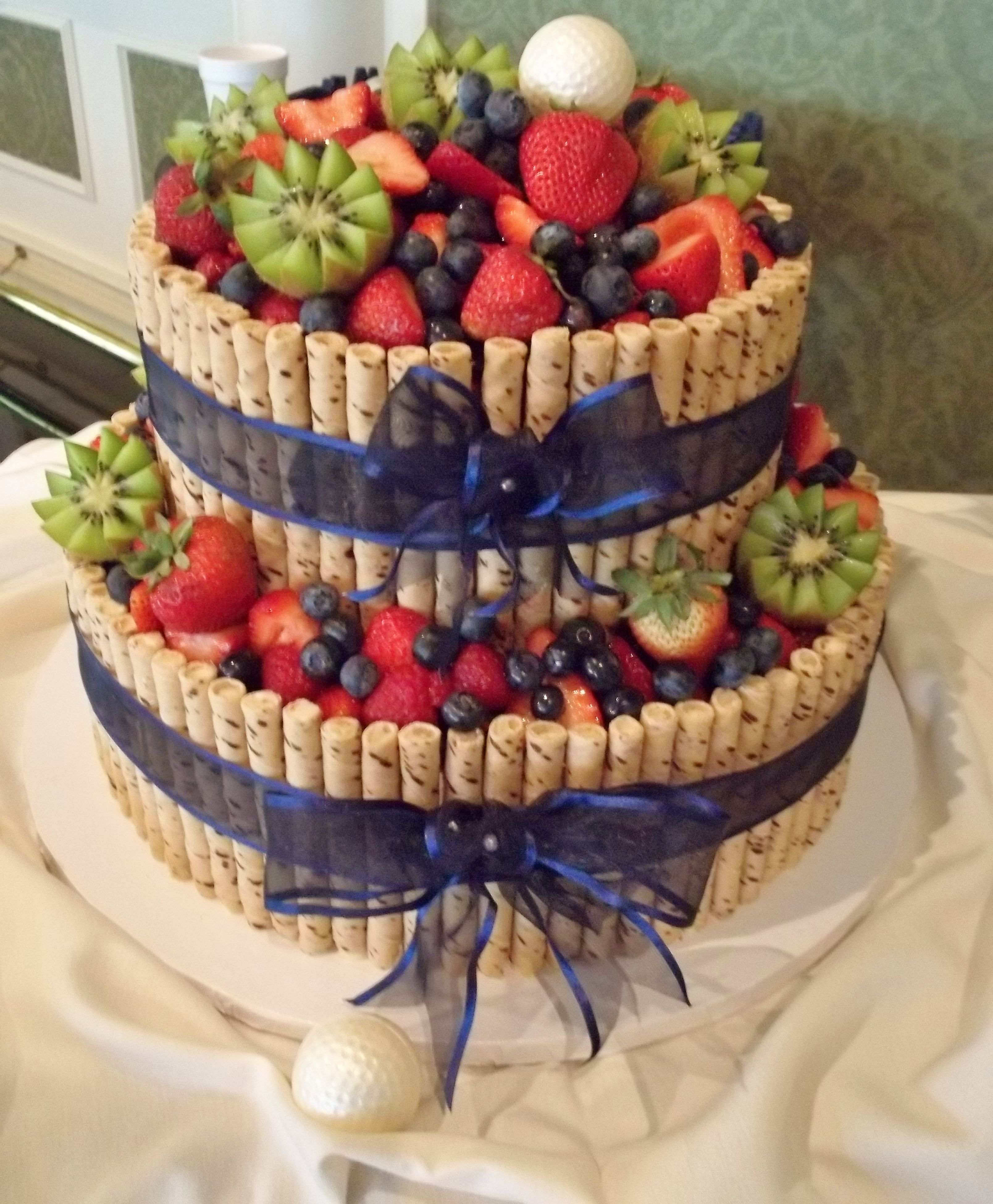 Vegan And Gluten Free Wedding Cake Ideas Alternative: Vegan Cake With Fresh Fruit...but That Just Looks Amazing