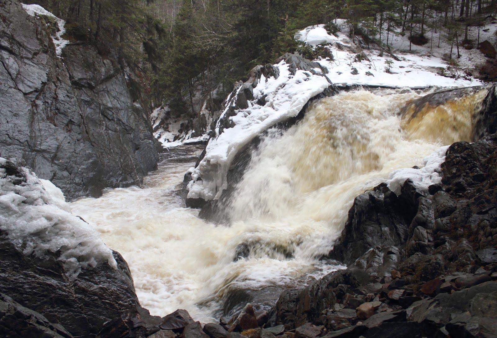 Go Waterfalls New Brunswick: Split Rock Falls