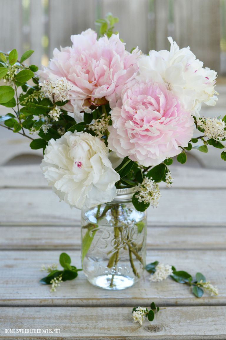 52 Easy Diy Flower Arrangements That Ll Instantly Brighten Up Any