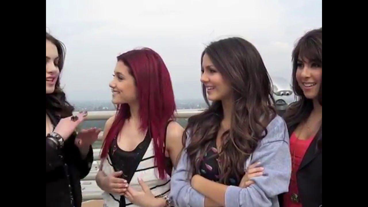 Ariana Grande Elizabeth Gillies Lesbian Kiss Youtube-pic3138