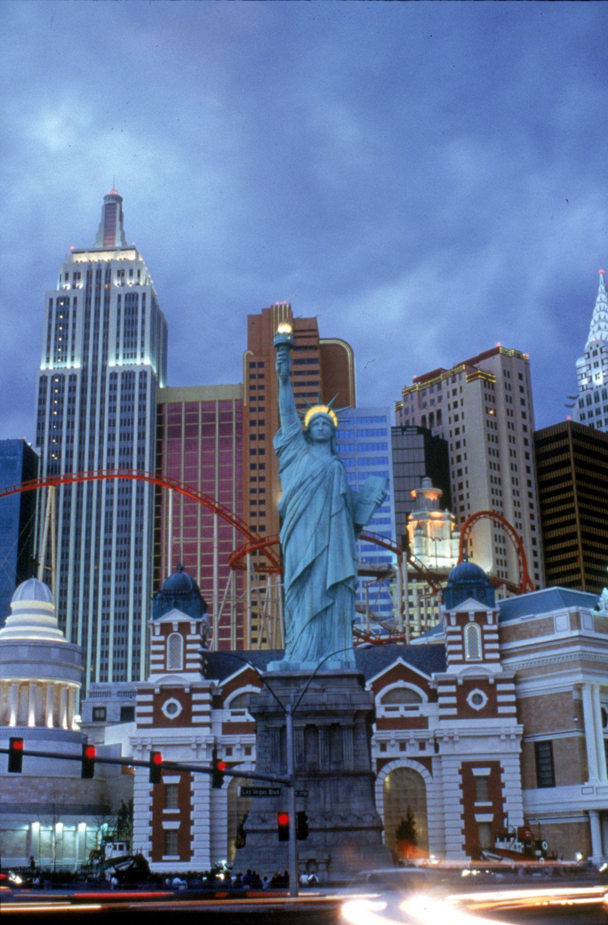 New York New York At Las Vegas Rode The Roller Coaster It S Awesome Las Vegas Trip Las Vegas Hotels Las Vegas Photos