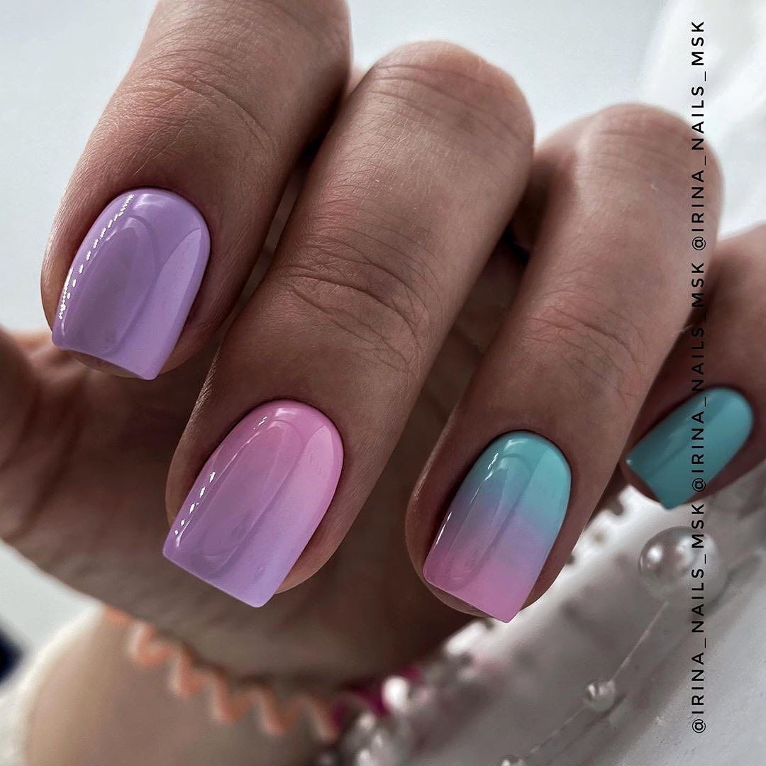 20 Cute Short Summer Nails You Can Copy In 2020 Page 4 Of 5 Ibaz In 2020 Summer Nails Sns Nails Colors Glitter Tip Nails