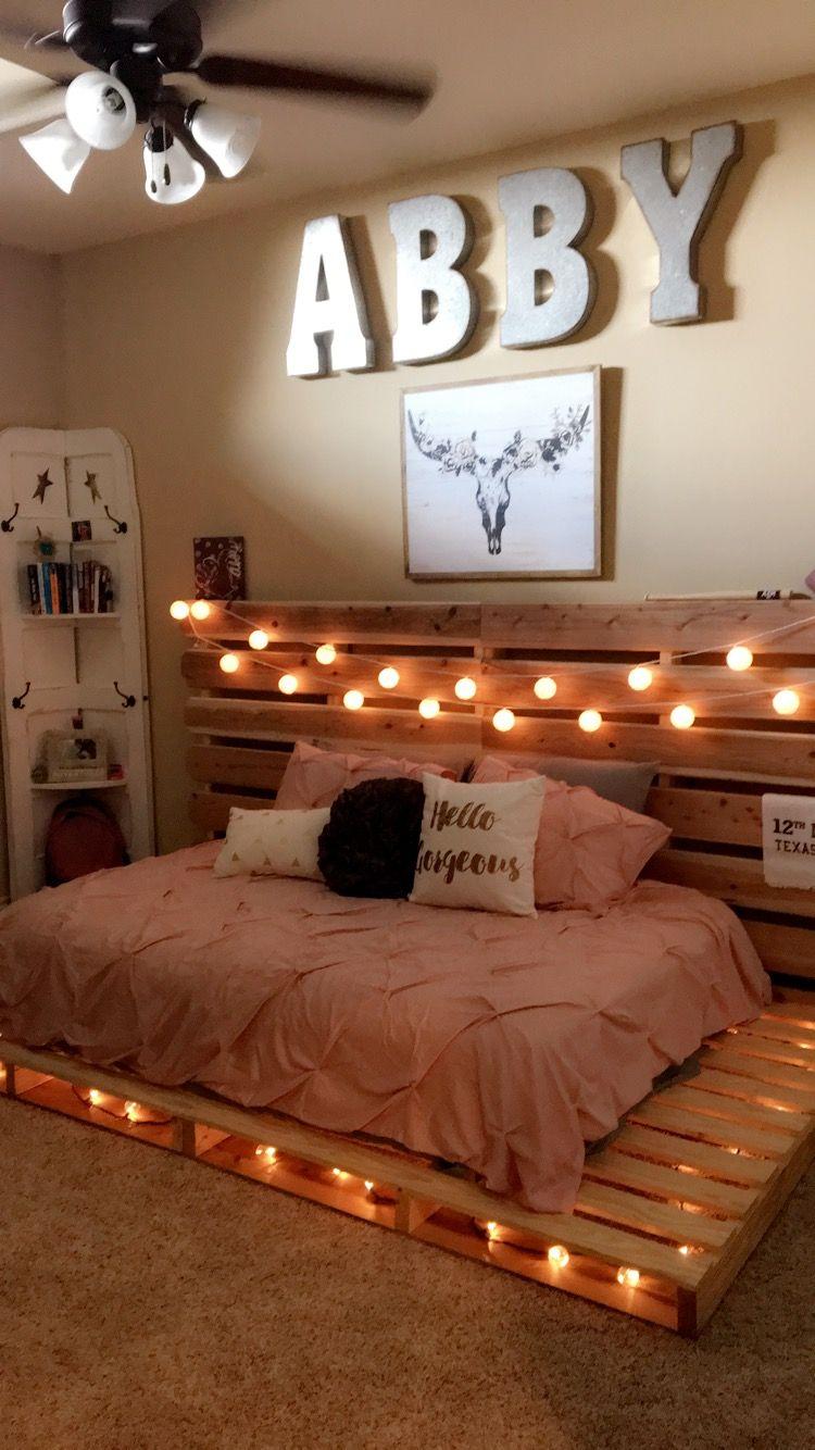 Pallet bed in 2019   Room decor, Bedroom decor, Dream rooms