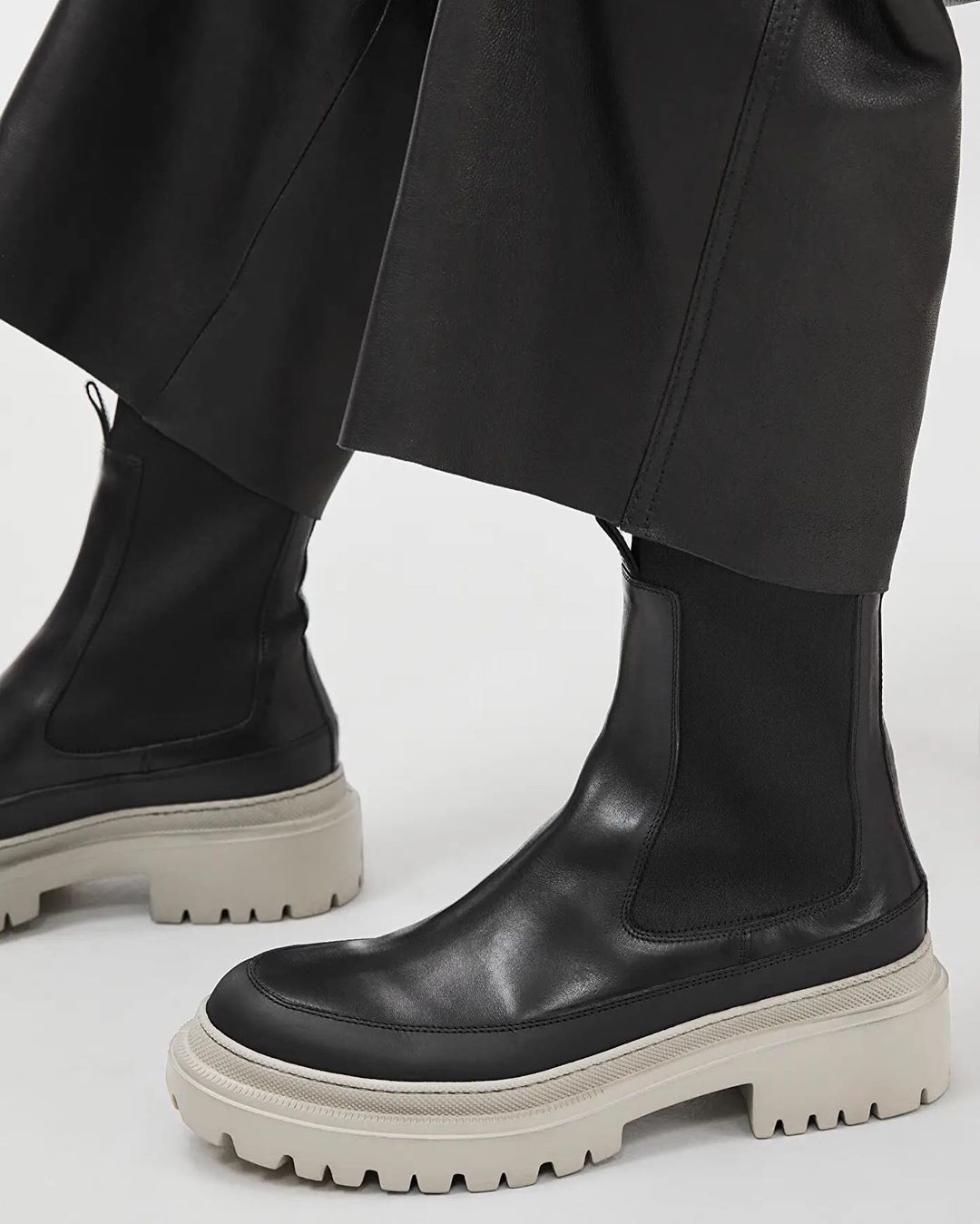 Vegetable tanned leather, Leather boots