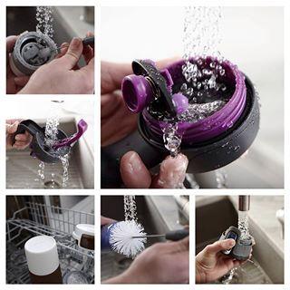 Contigo juomapullo on helppo pestä, ja patentoitu mekanismi ei taatusti vuoda käsilaukkuun tai treenikassiin!      http://www.heirol.fi/juomat/contigo-juomapullot