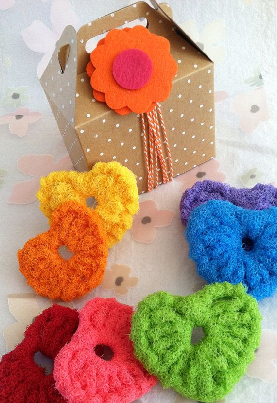 Nylon Pot Scrubbers, 7 Rainbow Heart Scrubbers Gift set, Pink, Red ...
