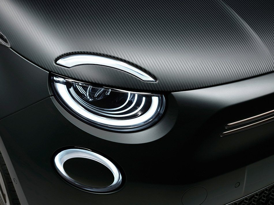 Fiat 500 Goes All Electric And Debuts One Off Designs From Giorgio