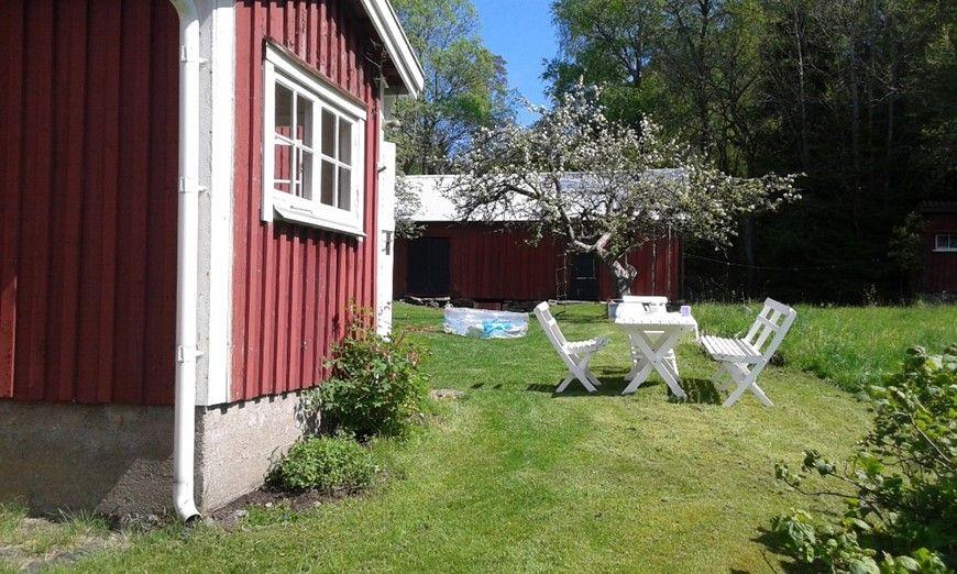Ferienhaus 1892 Gemutliches Ferienhaus In Schwedens Idyllischer Natur Vastergotland Besuchschweden De Mit Bildern Ferienhaus Schweden Ferienhauser Ferien