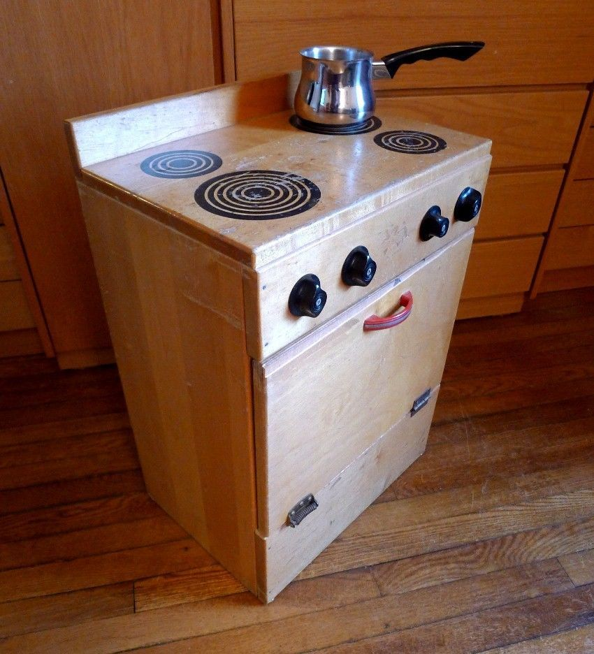 Toy Kitchen Stove Oven Community Playthings Vintage Child