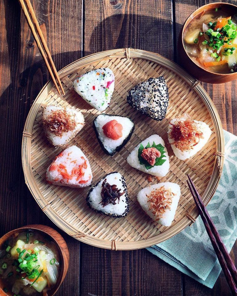 20 Simple And Healthy Japanese Breakfast Recipes To Start Your Day Tea Breakfast Japaneserecipes Japanese Food Bento Yummy Food Japanese Cooking