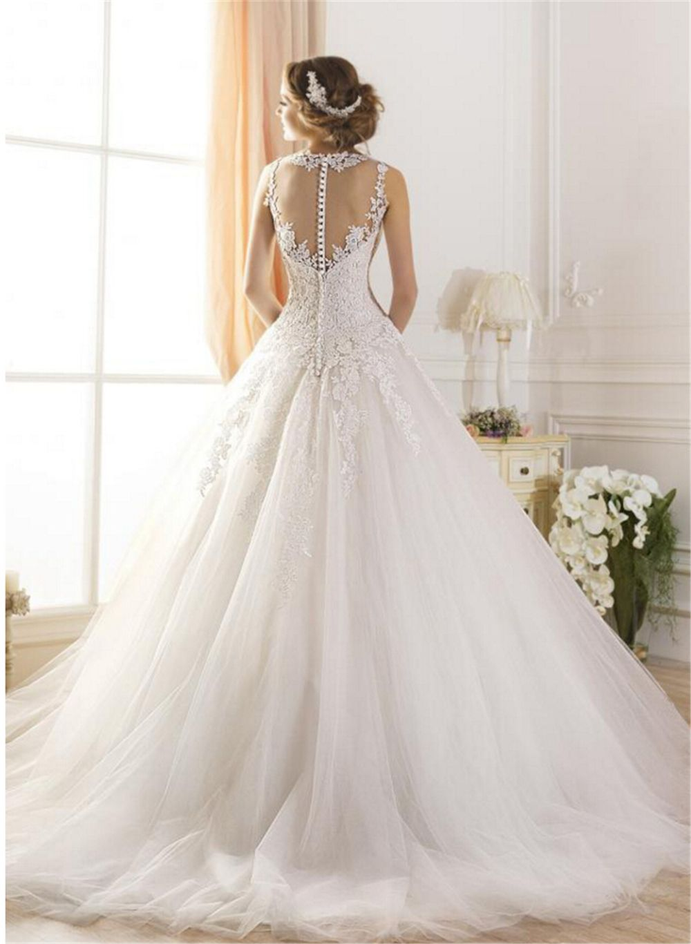 Fluffy wedding dresses    White Ivory Lace Tulle Wedding Dresses for brides plus