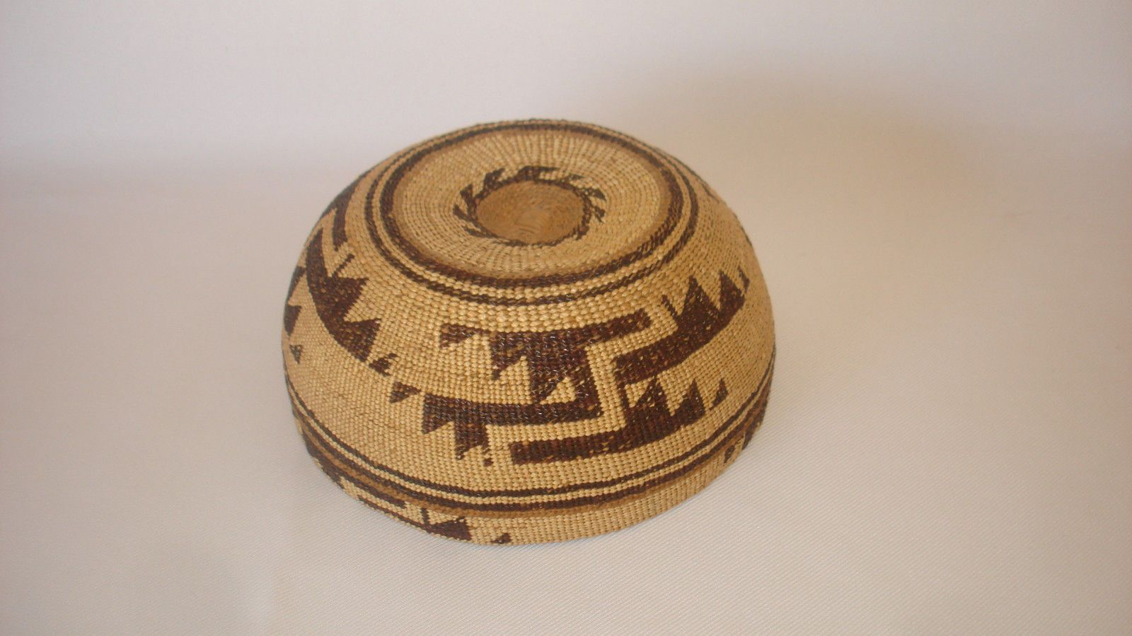 1efa634091c Excellent Old Native California Indian Basket Hat HUPA