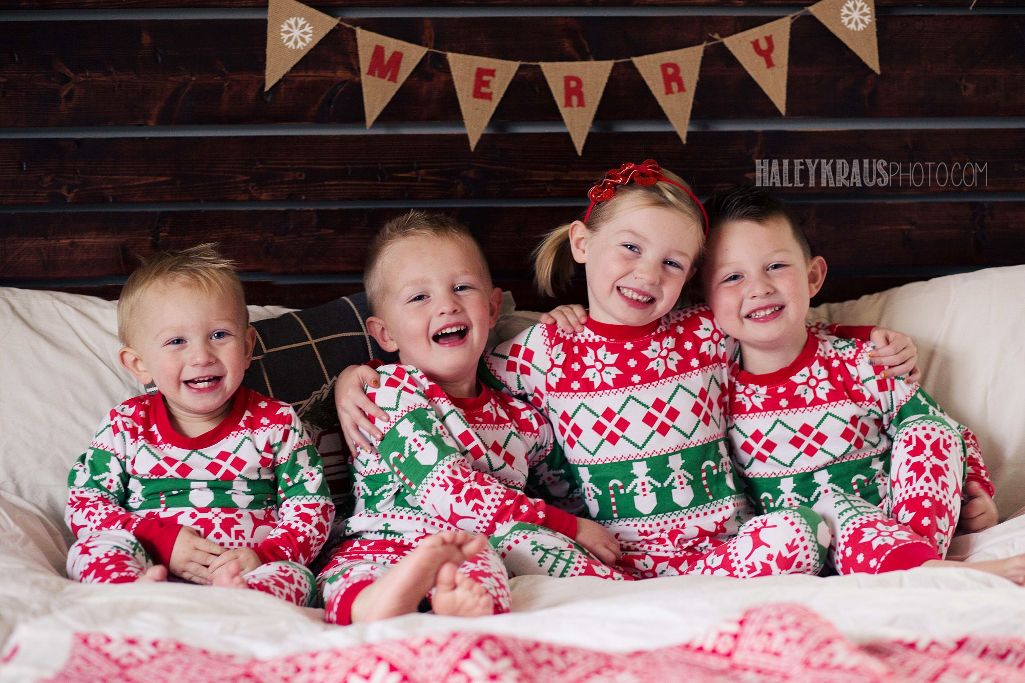 Christmas Pajamas Photoshoot.Sibling Christmas Pajamas My Photos Christmas Photos