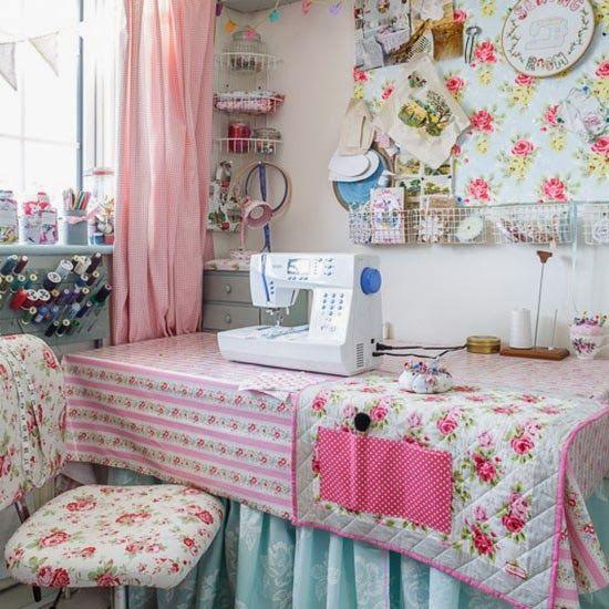 Lismary 39 s cottage una casa molto romantica craft room for Cottage molto piccoli