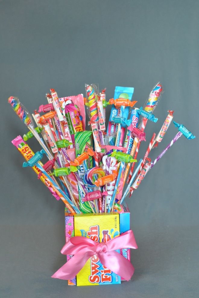 Learn How To Make A Cute Candy Bouquet A Fun Treat For
