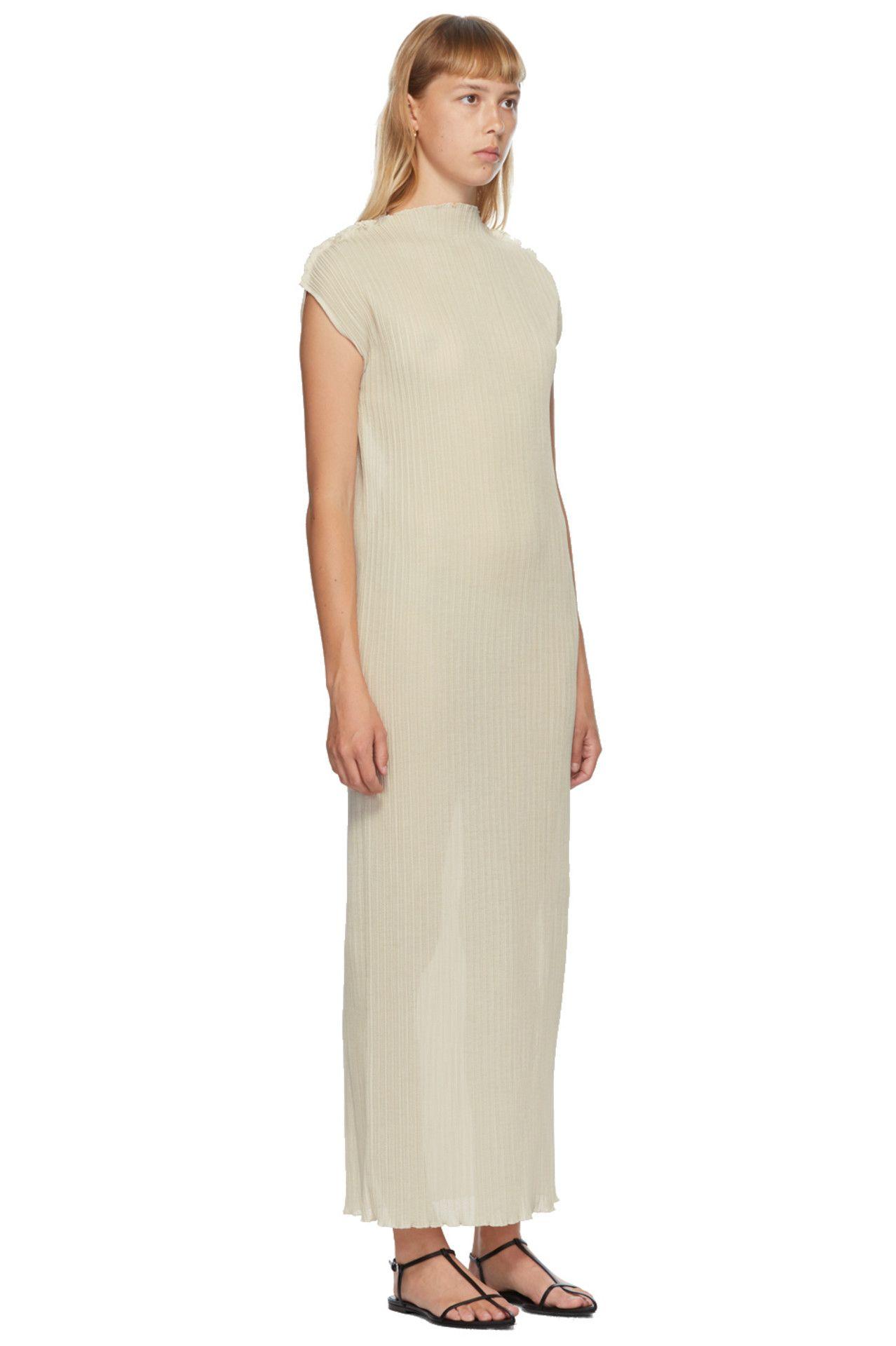 Jil Sander Off White Pleated Turtleneck Dress Turtle Neck Dress Dresses Jil Sander Dress [ 1920 x 1278 Pixel ]
