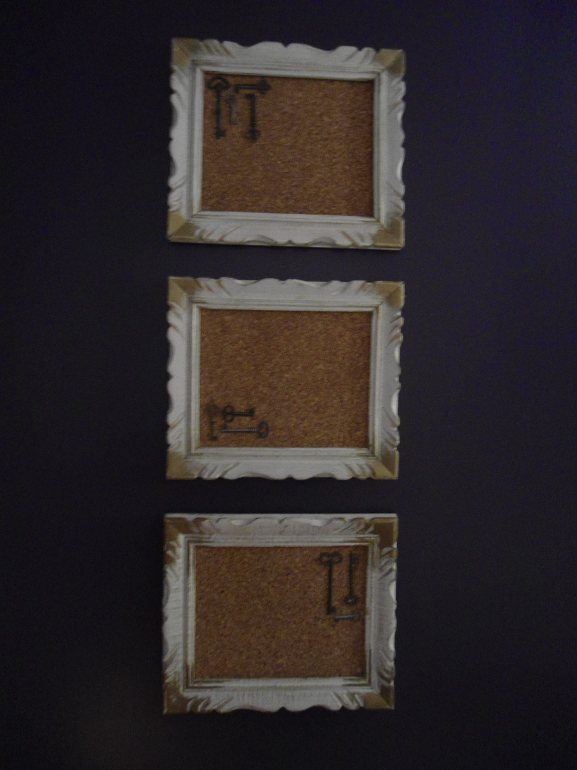 Re Using Old Picture Frames By Adding Corkboard And Decoration