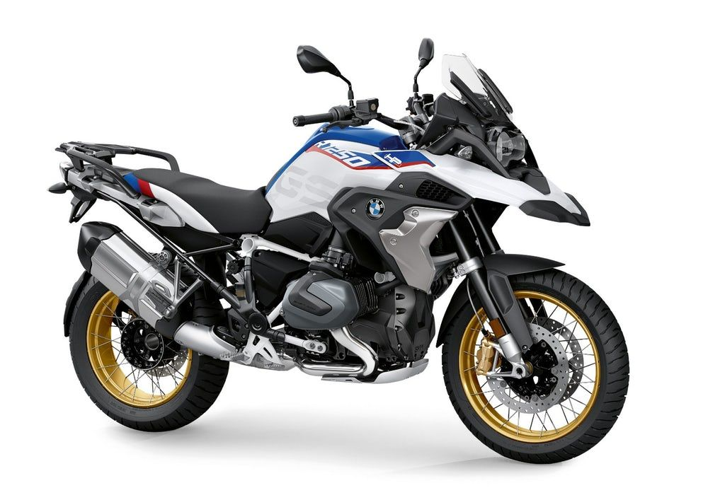 Bmw Rolls Out 2019 R 1250 Gs And Rt With Variable Valve Lift Bmw Adventure Bike Bmw Motorrad Bmw Motorbikes