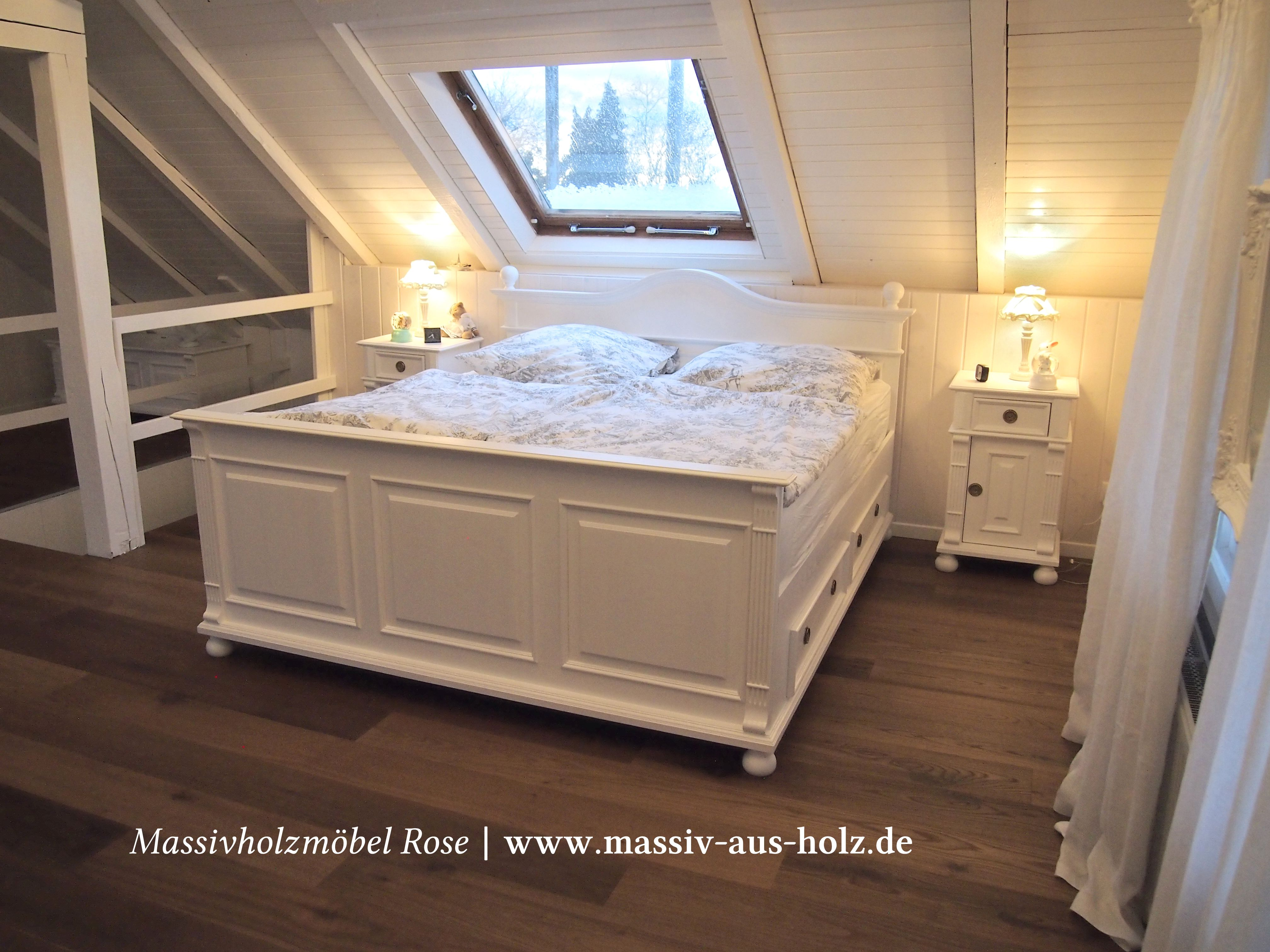 Schlafen im Landhausstil, www.massiv-aus-holz.de #home #zuhause ...