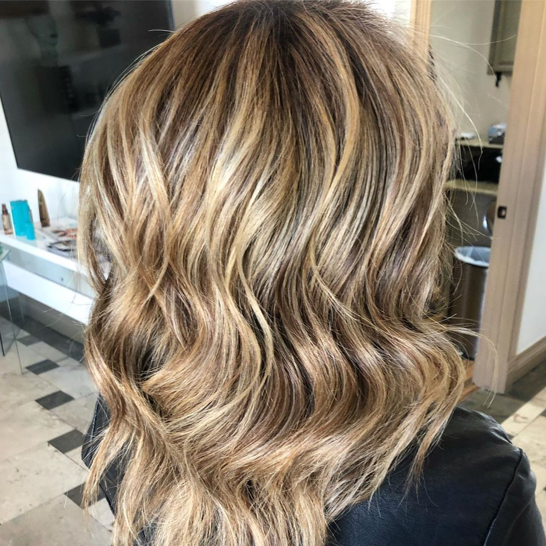 Hello November new month new beginnings star the month by making an appointment for your next hair color  dm @yaneth_hair19 #elpasohaircolor #hairspecials #elpasohairlife #elpasohairstylist #elpaso #itsallgoodep #utep #epcc #hairstylist #hair #fall #fallhair #balayage #highlights #blondehair #dimensionalblonde #healthyhair #olaplextreatment #behindthechair #elpasohairsalon #elpasohairdressers #labcolorstudio #hellonovembermonth Hello November new month new beginnings star the month by making an #hellonovembermonth