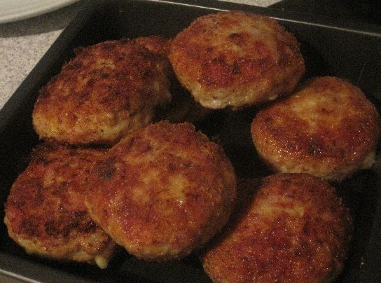 Chicken Cheese And Bacon Rissoles Recipe Mince Recipes