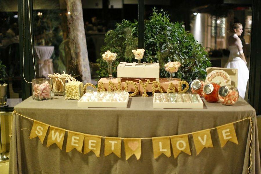 Ideas para hacer una Candy Bar la mesa que ms triunfa  Wedding  Boda Candy bar para bodas y Mesas