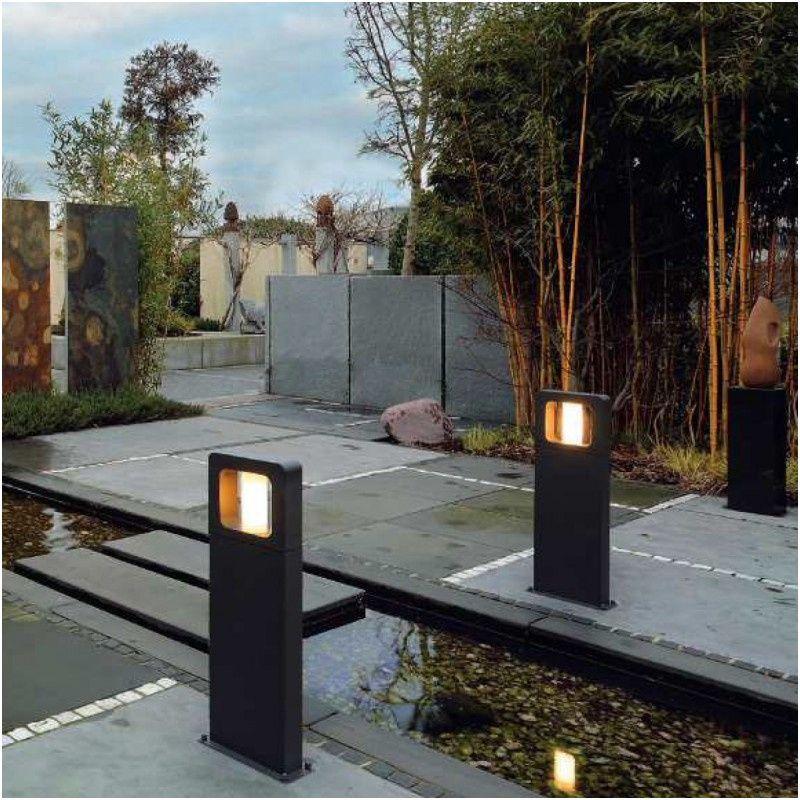 L Eclairage Solaire Slv Est Tres Efficace Lorsqu Il S Agit De Creer Une Ambiance Agreable Dans Un Coin Du Jardin Ou En 2020 Eclairage Solaire Luminaire Led Coin Jardin