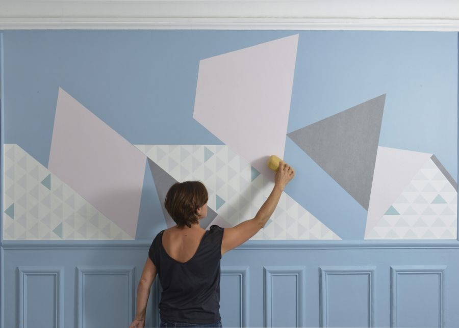 Décorer Les Murs Avec Des Lés De Papier Peint Découpés | Papier