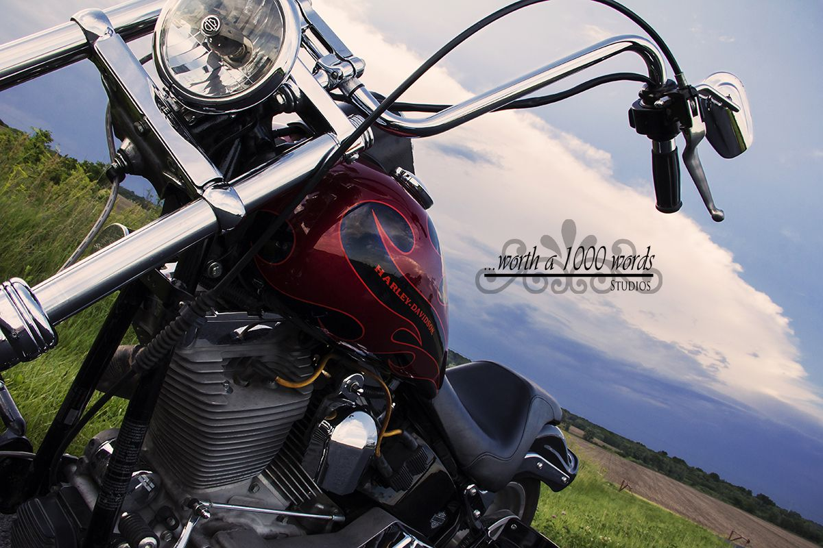 Affordable Editorial Bike Photography by Dani Manning of Worth a 1000 Words in St.Joseph MO 816-279-6000