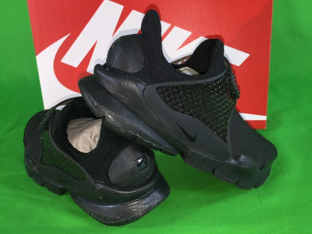 9a121f6b7aae8c Nike Sock Dart SE Womens Size 6 Triple Black Trainers Running Shoes NEW   130  fashion  clothing  shoes  accessories  womensshoes  athleticshoes  (ebay link)