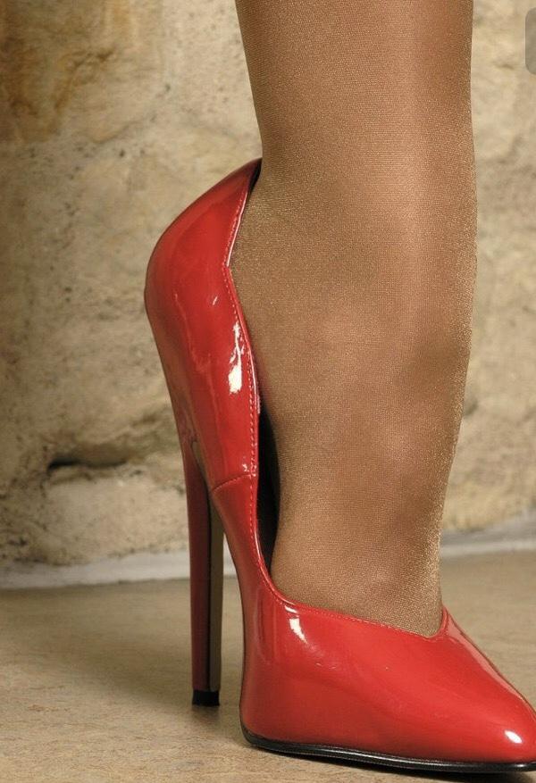 I Love Women Who Wear Suntan Pantyhose  amp  hot Tights And Heels f9ecd0934