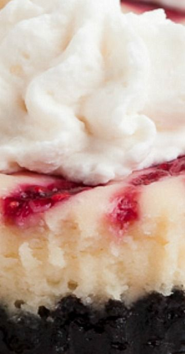 White Chocolate Raspberry Cheesecakes Bites #whitechocolateraspberrycheesecake