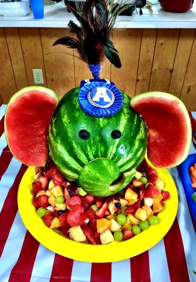 Weddings By Susan Circus Elephant Watermelon Carving And Clown Face Vegetable Platter Food Art