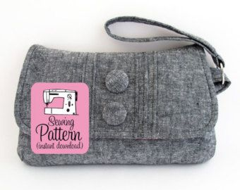 Pintuck Wristlet PDF Sewing Pattern (Instant Download)