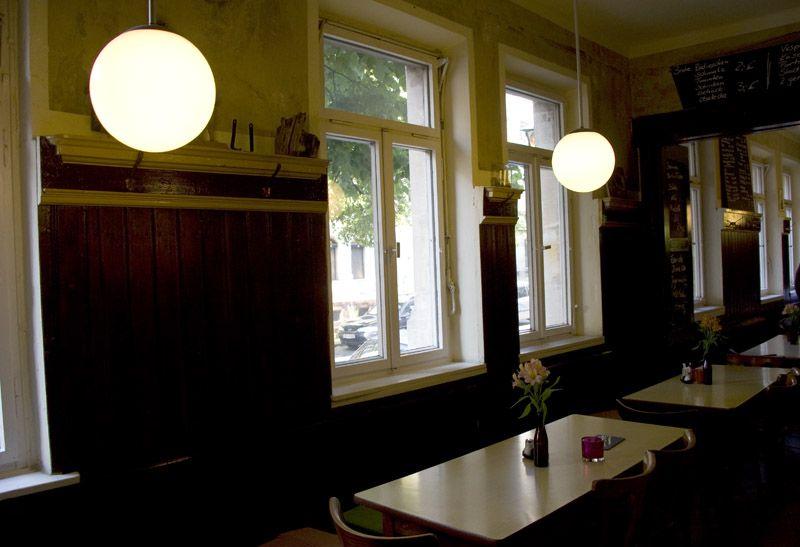 Schankwirtschaft Schanzenbrau Nurnberg Gostenhof Lunch Home Decor Ceiling Lights Home