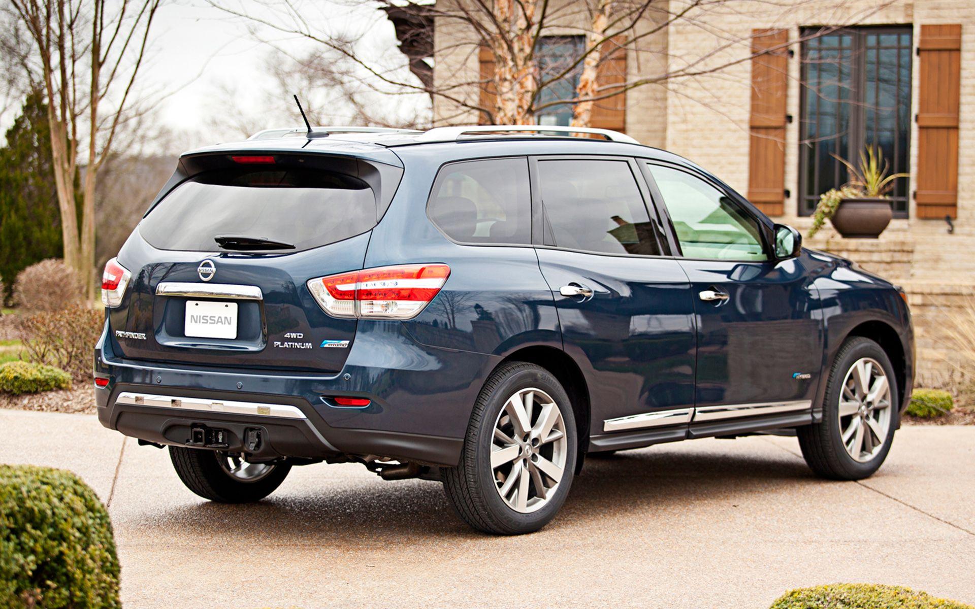 Nissan Pathfinder Hybrid 2015 Car Cars Pinterest