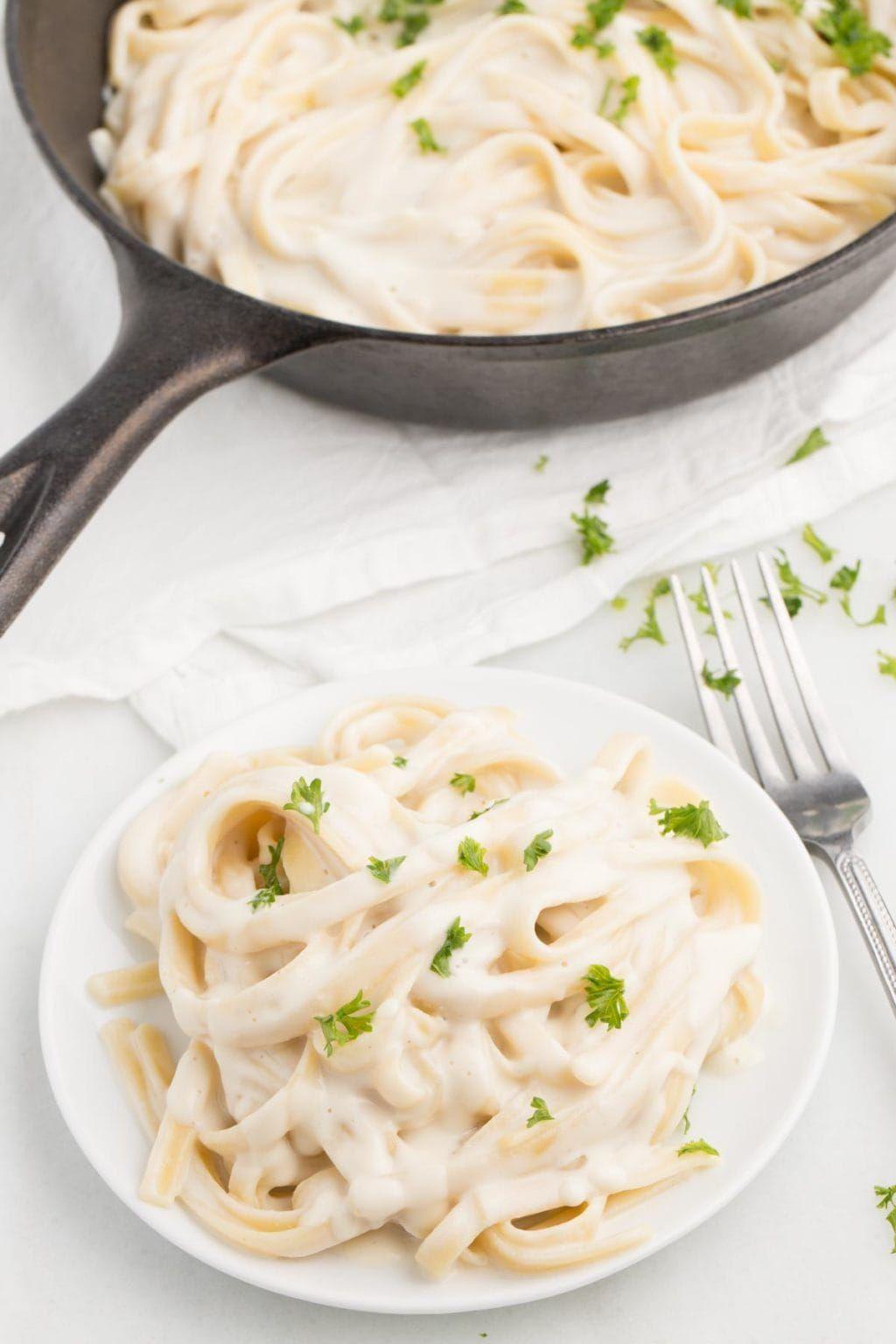 Perfect Vegan Alfredo Sauce Recipe In 2020 Vegan Alfredo Alfredo Sauce Vegan Comfort Food