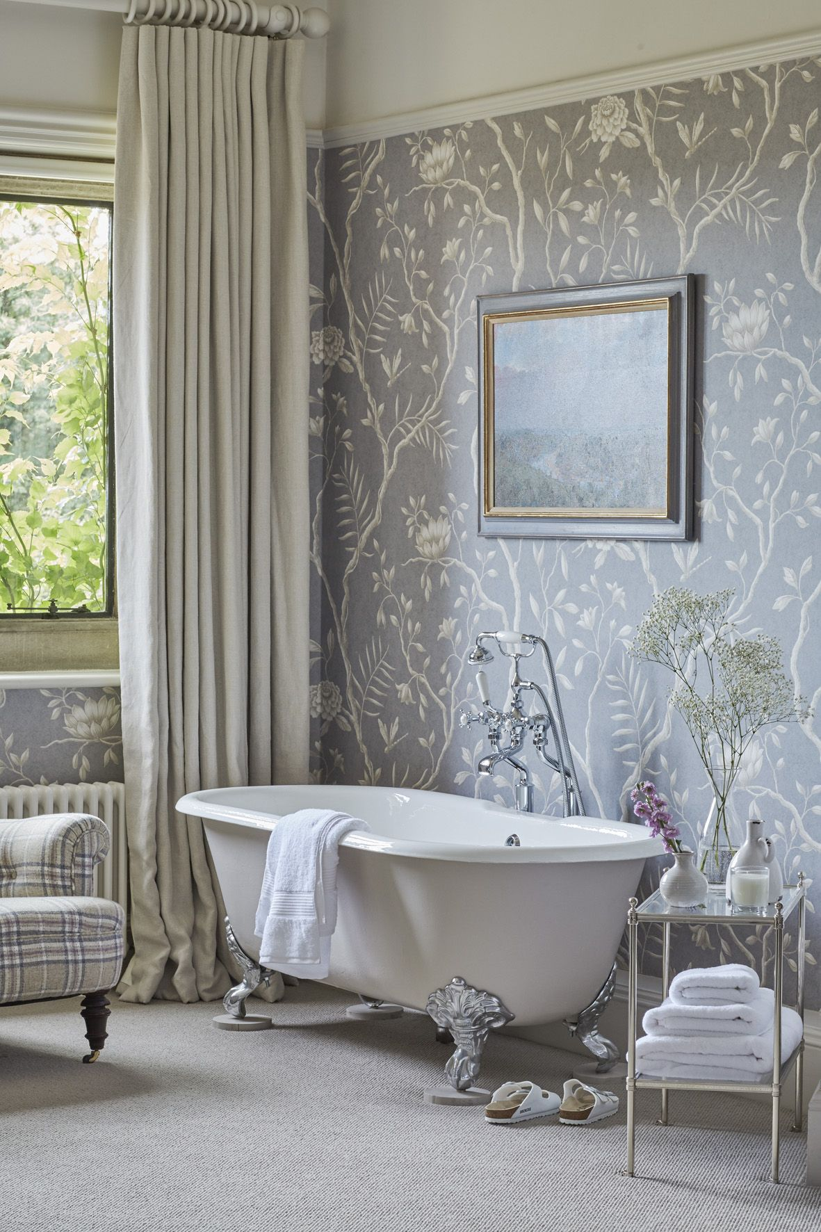 Sims hilditch interior design new forest manor house en suite
